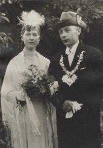 1933 - 1936