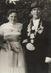 1956 - 1958